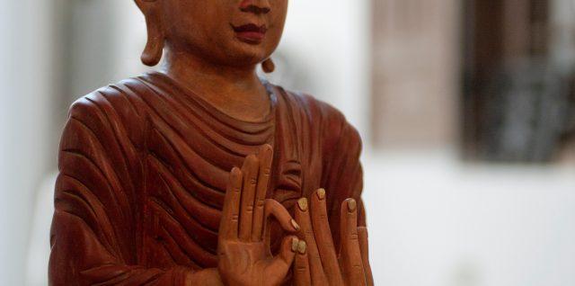 Bouddha-en-bois
